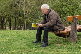 older man reading free