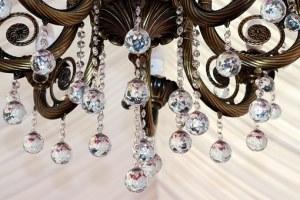 chandelier-free